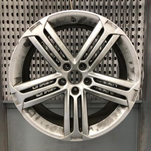 Alloy Wheel Refurbishment Before Picture
